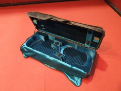 Case for two violins